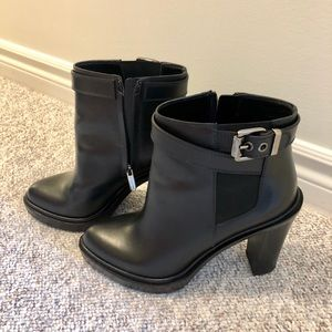 Sergio Rossi leather ankle booties